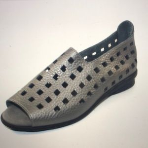 Arche Drick metallic gray perforated leather flats